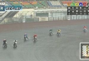 雨オートレース画像